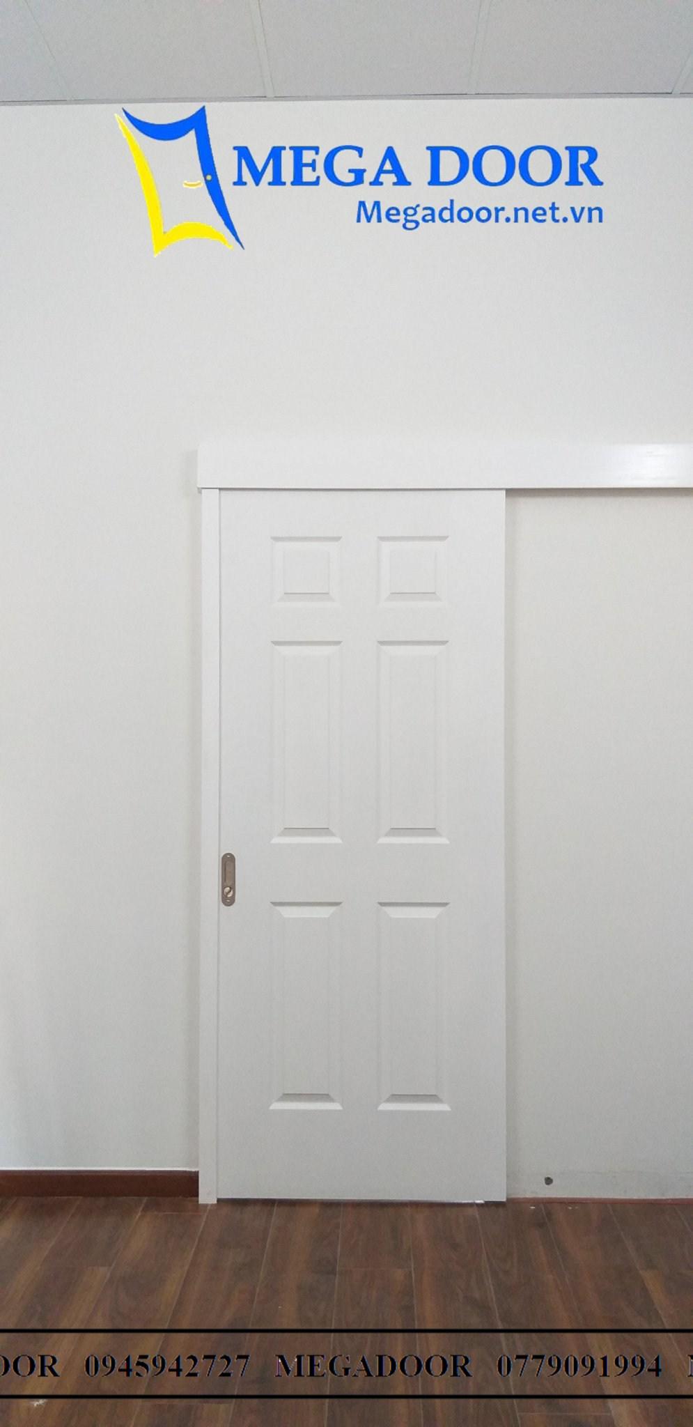 Cửa gỗ công nghiệp HDF màu trắng